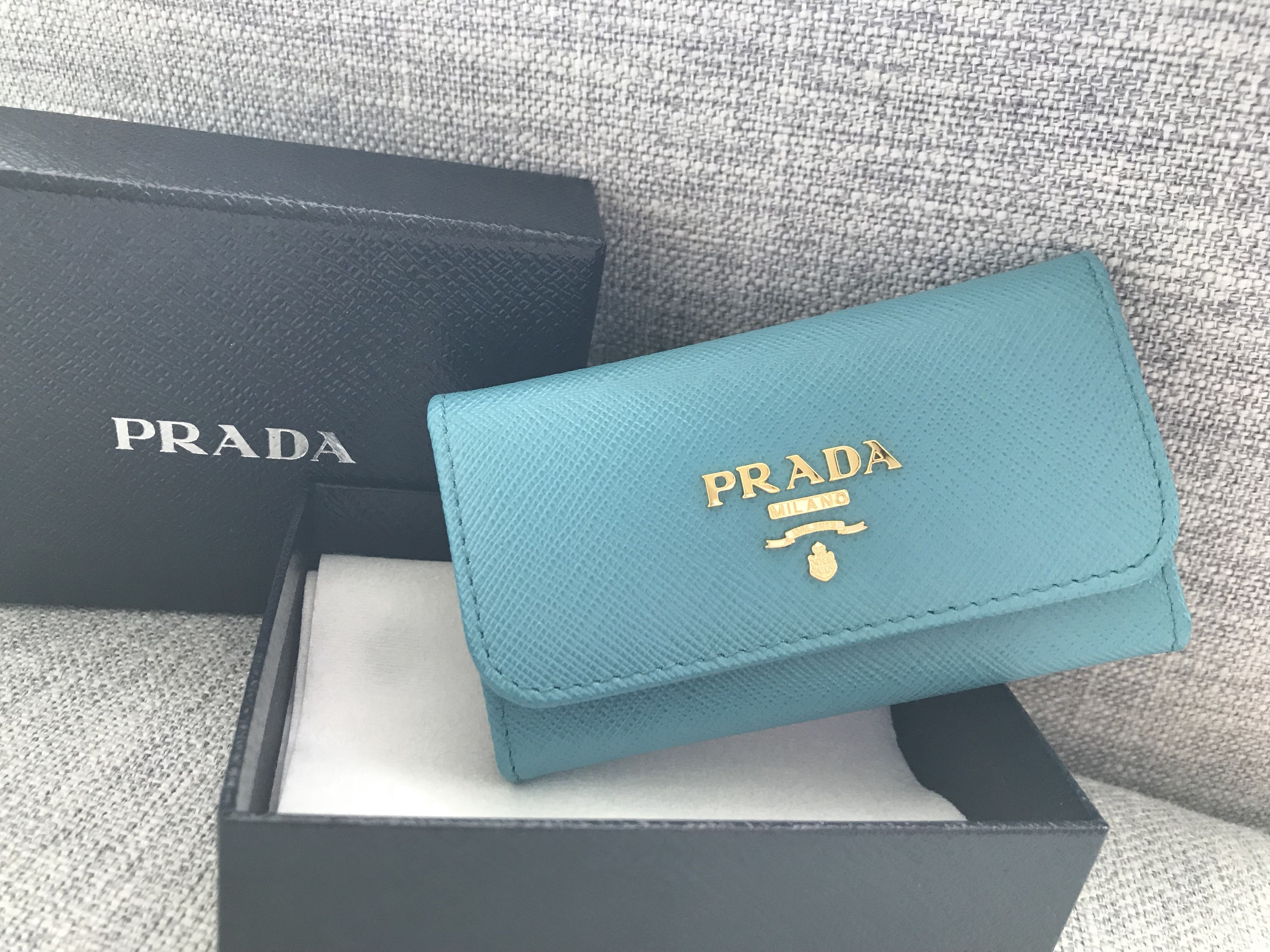 f852910d0dc601 Authentic Prada Saffiano Leather Key pouch, Luxury, Bags & Wallets, Others  on Carousell