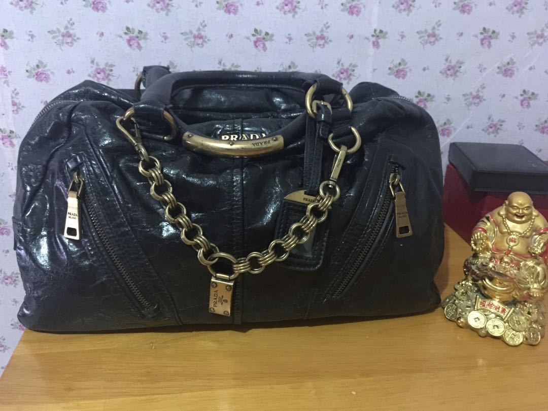 e25081b228556a Authentic vintage prada, Luxury, Bags & Wallets on Carousell