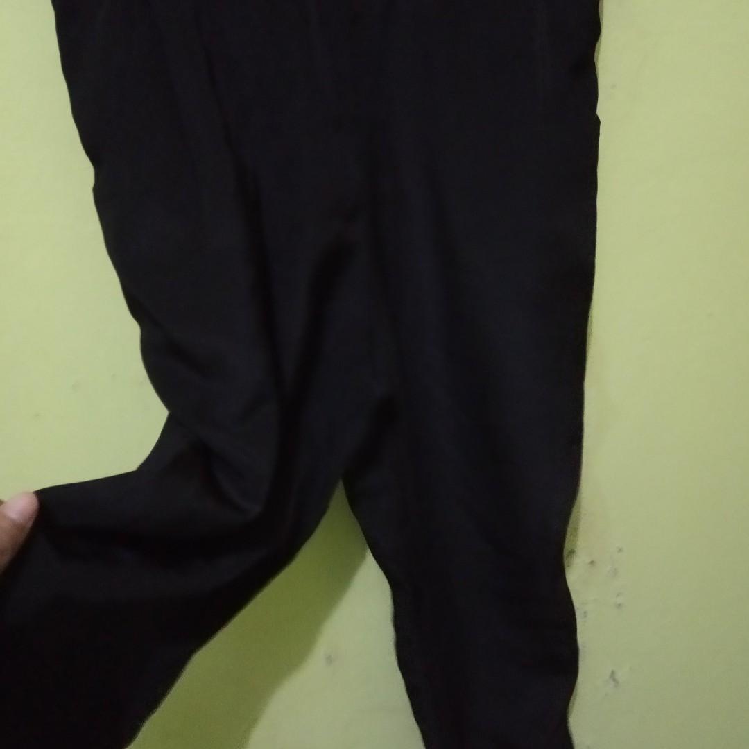 Celana Kodok Hitam / Black Jumpsuit