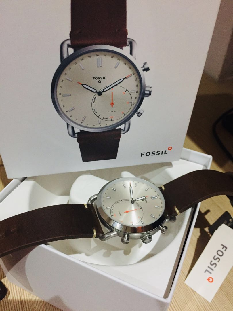 Fossil Q Commuter Hybrid Smartwatch Men S Fashion Watches On Carousell