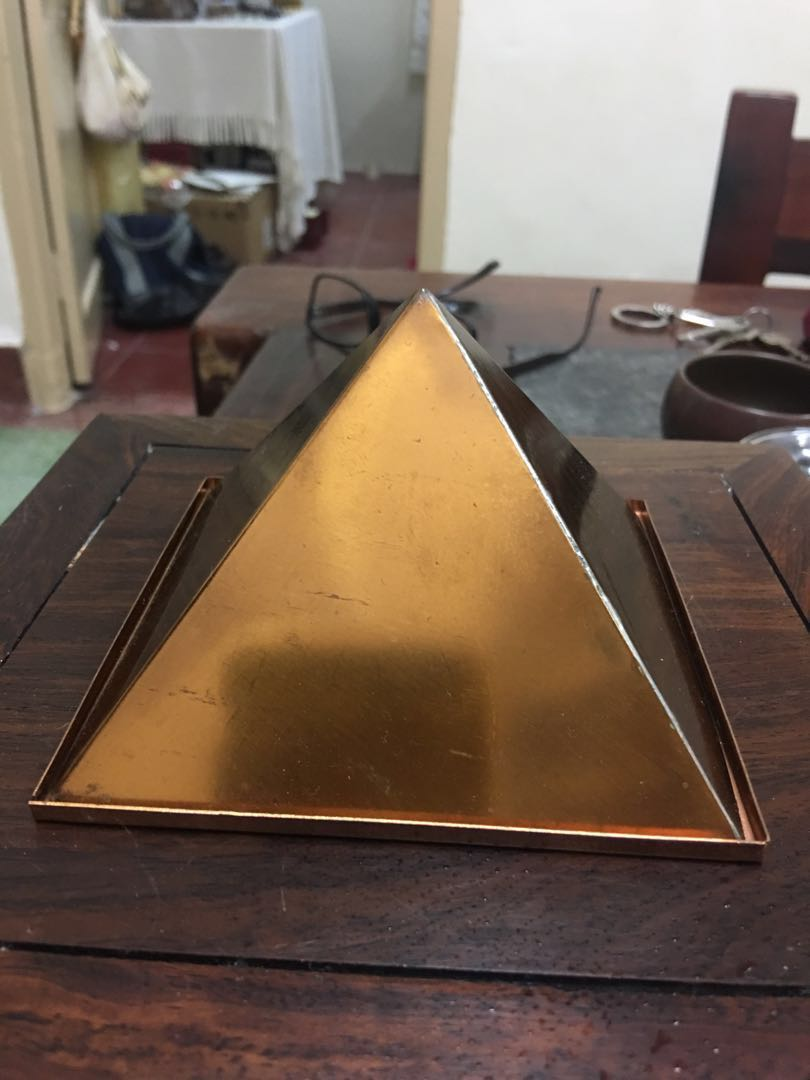 India Fung Shui Copper Pyramid
