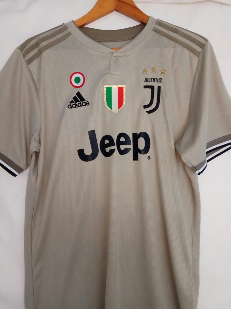 promo code 92041 4ea14 Juventus away jersey 2018/19 (Priced to sell), Sports ...