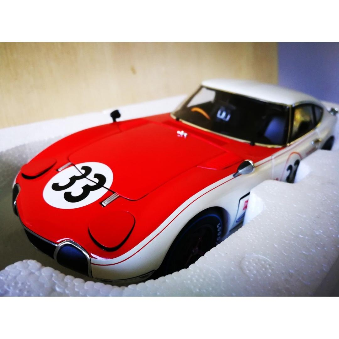 Mint 1:18 AutoArt Toyota 2000 GT 1968 Coupe SCCA #33 Die cast Model Car 86816