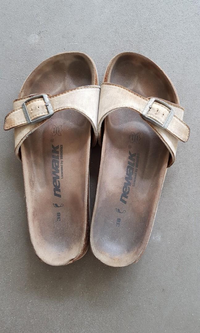 e1cd19543c6 Newalk Women s sandals