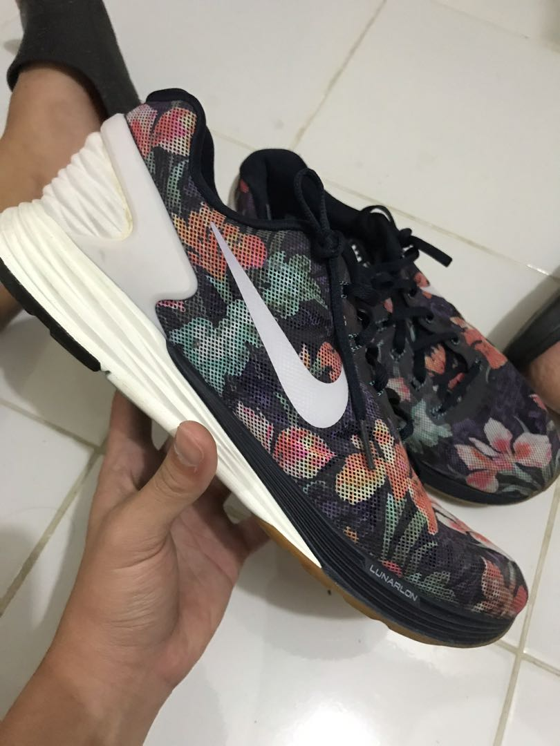 competitive price 07e9e bc48d Nike Lunarglide 6, Men s Fashion, Footwear, Sneakers on Carousell