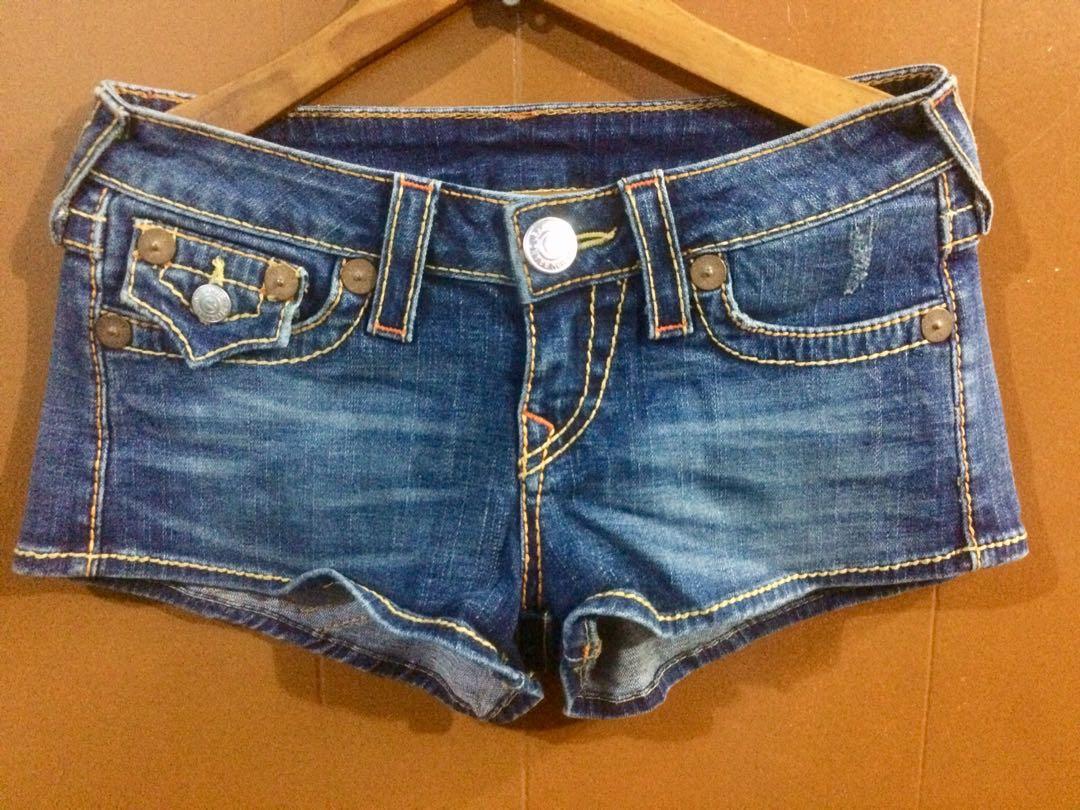 2a316815d8 TRUE RELIGION shorts, Women's Fashion, Clothes, Pants, Jeans ...