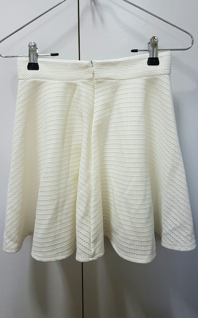 ffdf02d4 NEW White Skirt with Cut Out Motifs, Women's Fashion, Clothes ...