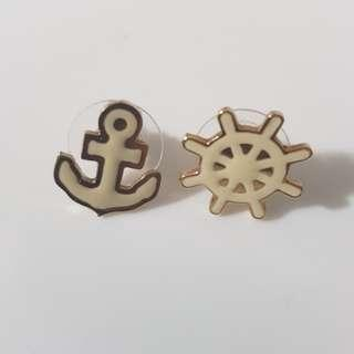 🚚 BN Nautical Designed Gold Ear Studs #makespaceforlove