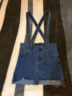 🚚 窄版可調式 牛仔吊帶裙