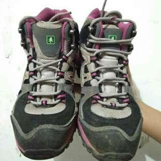 Sepatu Trekking Consina