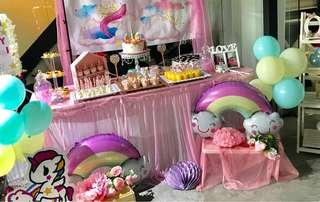 Unicorn dessert table
