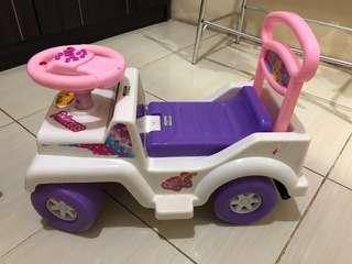 "Mainan anak mobil""an"