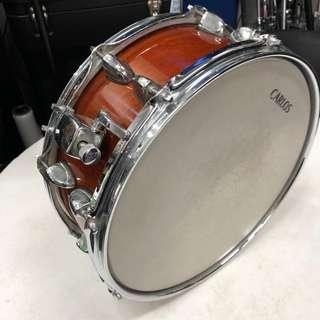 Wood shell snare drum