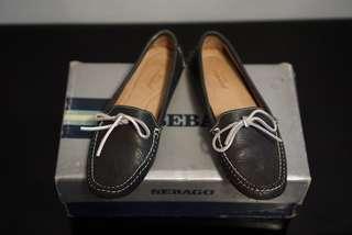 Sepatu Moccasin Sebago warna Hitam