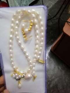 Women's Pearl Set Necklace and Ear Ring