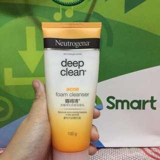 Neutrogena Daily Foam Cleanser
