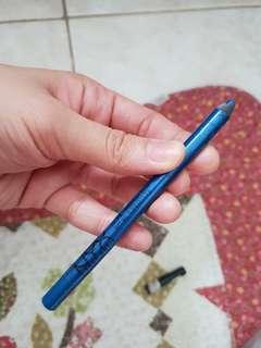Nyx blue liner