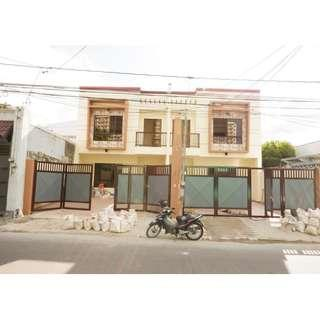 SPACIOUS MODERN DESIGN DUPLEX HOUSE IN PILAR VILLAGE WALKING DISTANCE TO SM SOUTHMALL