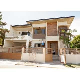 FOR SALE CORNE SINGLE DETACHED HOUSE AND LOT IN LAS PINAS
