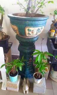 Very Old authentic flower pot set of 2pcs in very good condition