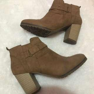 (FREE ONGKIR) ANKLE BOOTS BY BERSHKA