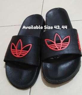 Sandal santai/casual/murah