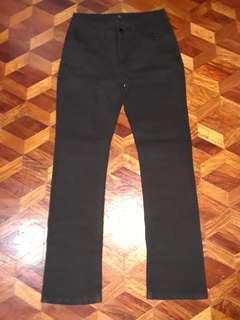 Black pants strechable size 30