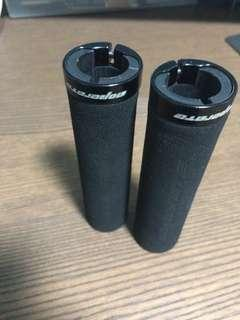 Aoperate Foam Grips
