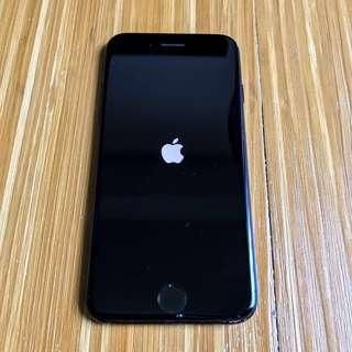 iPhone 7 - Activation locked
