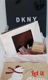 DKNY Pouch gift set