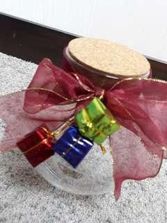 NEW! Festive Jar ❤ Great to store gifts
