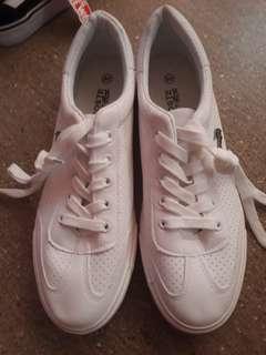 Replica lacoste rubber shoes