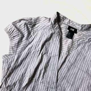 H&M Gray V - Lowerneck Top
