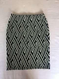 H&M Aztec Black & White Knit Mini Skirt