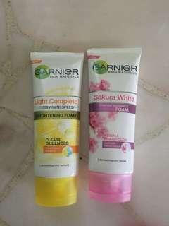 Garnier light complete Sakura white pinkish radiance facial foam