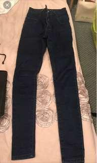 MINK HIGH WAISTED JEANS SIZE 6