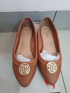 Bata Brown Flat Shoes