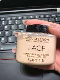MAKEUP REVOLUTION lace luxury baking powder