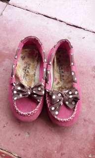 Sepatu pink size 26