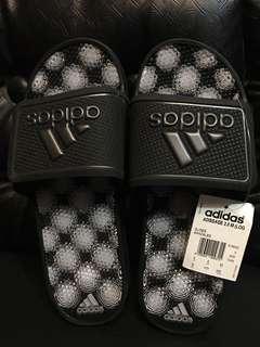 e01c7882af33 Adidas slides sandals