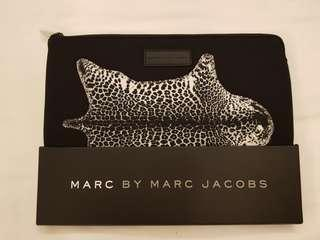 Brand New Authentic Marc By Marc Jacobs Clutch and Casing