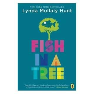 🚚 USED PaperBack - Fish In A Tree by Lynda Mullaly Hunt !!