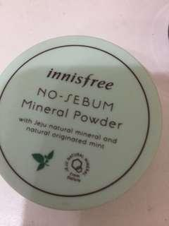 Innisfree礦物蜜粉