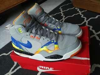 Nike flight 13 MID.