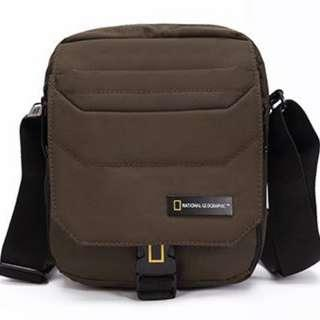 National Geographic Sling Bag - Khaki