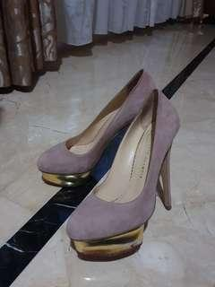 Charlotte Olympia Dolly Pump Size 39 Velvet Dusty Pink