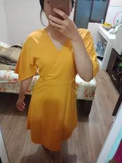 Yellow mid dress