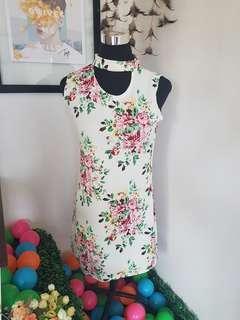 Floral dress (White) 👗