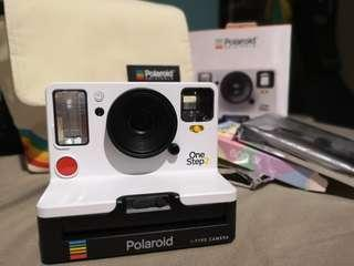 Polaroid One-Step 2 COMPLETE with film packs and bag