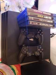 PS 4 pro 1tb連兩手掣,4遊戲